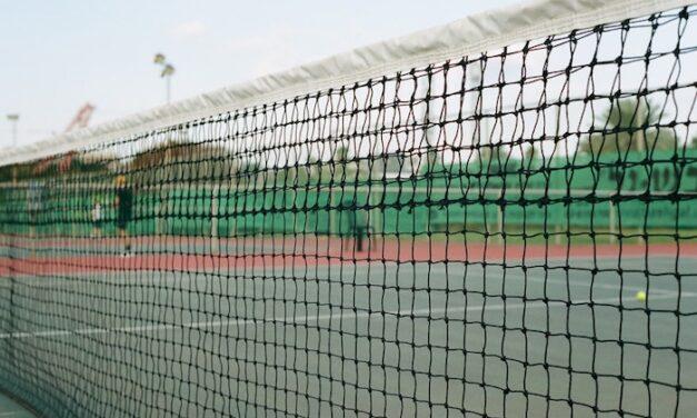 Køb padel tennis udstyr på afbetaling